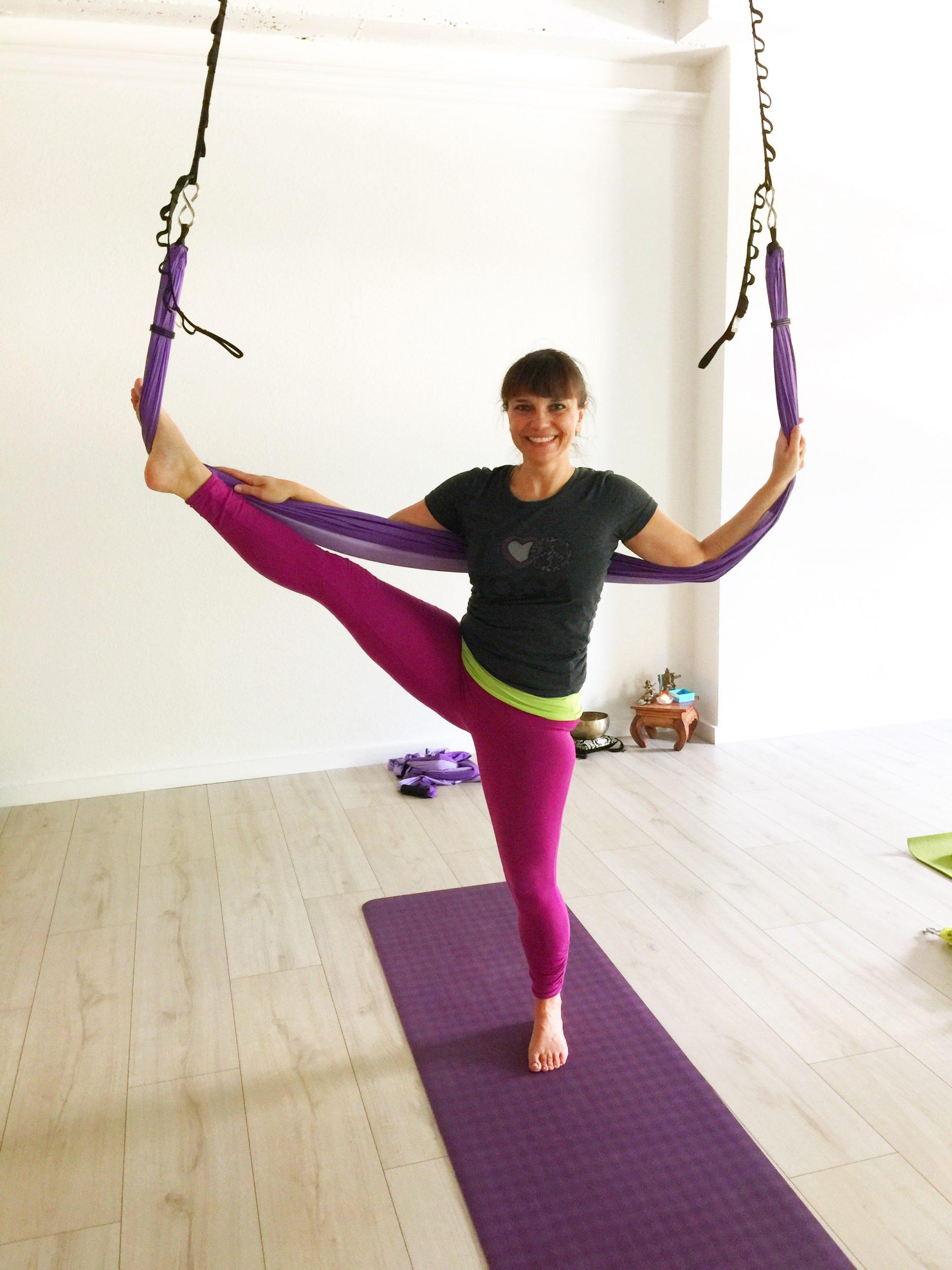 Wieder Yoga im Tuch